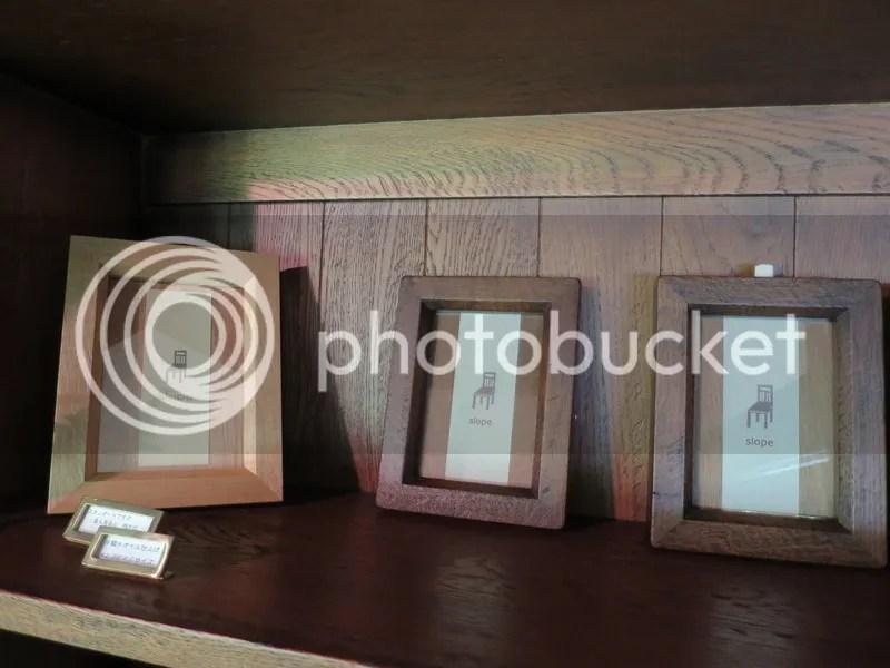 slope furniture photo frames
