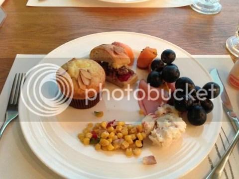 la casa hotel breakfast photo 285744_10151323355541209_747941650_n.jpg