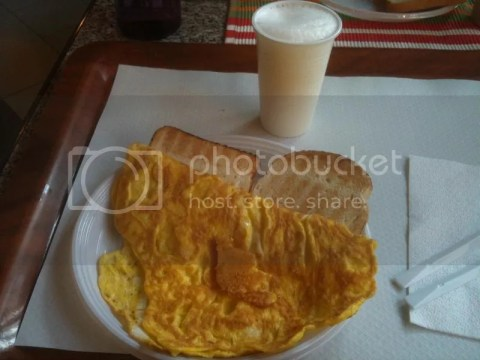 Breakfast at dorm:Omelette with toast! photo 477899_10151038380296209_1866957748_o.jpg