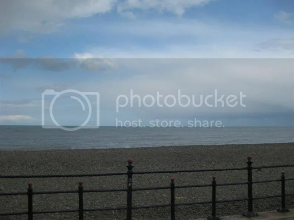 The stone beach is so pretty & really empty. photo 601038_10151064949306209_1598915493_n.jpg