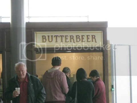 Finally a chance to drink butter beer!! photo 564317_10151056695491209_811302161_n.jpg