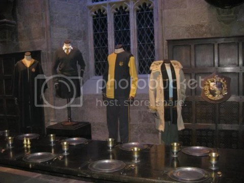 Hufflepuff House FYI: what cedric diggory wore =p photo 575820_10151056658426209_1621437371_n.jpg