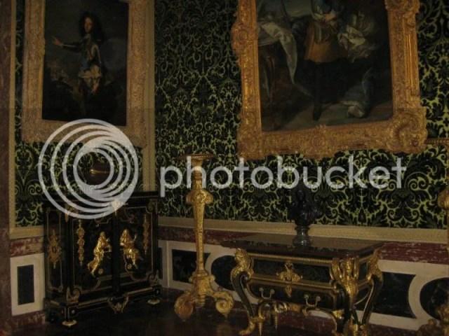 I think this was Marie Antoinette's bedroom. photo 532860_10151088179876209_220953954_n.jpg