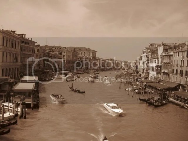 and so this was what venice looked like in the past. photo 209000_10151092599161209_389242661_n.jpg