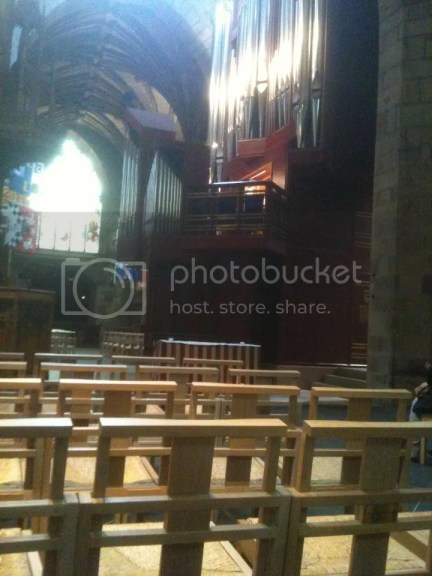 Day 5: Huge Organ @ St Giles (This was an illegal shot; supposed to pay 2 pounds for a photo permit which I didn't)