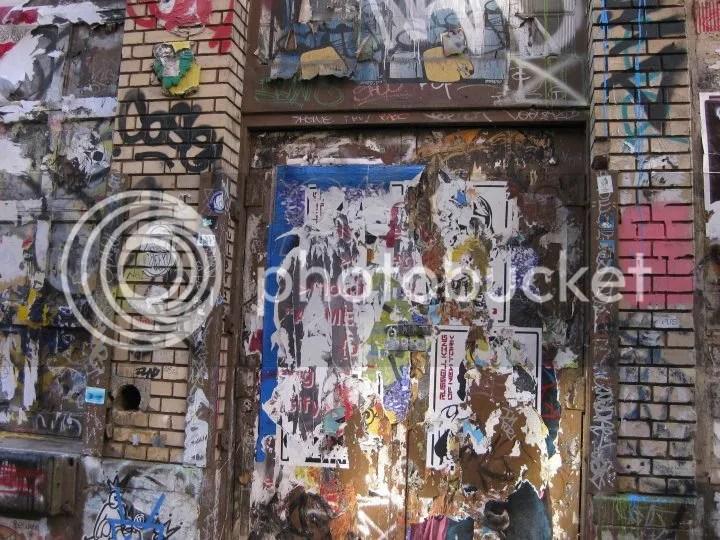 graffiti photo 29845_443864026208_2551629_n.jpg