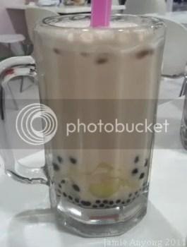 BUBBLE TEA_almond milk tea