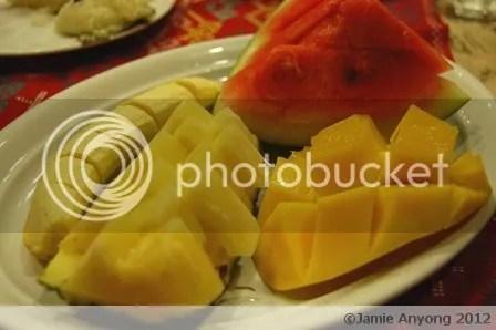 BISTRO_sari-saring prutas