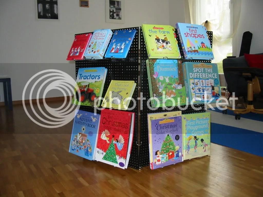metal bookstand02