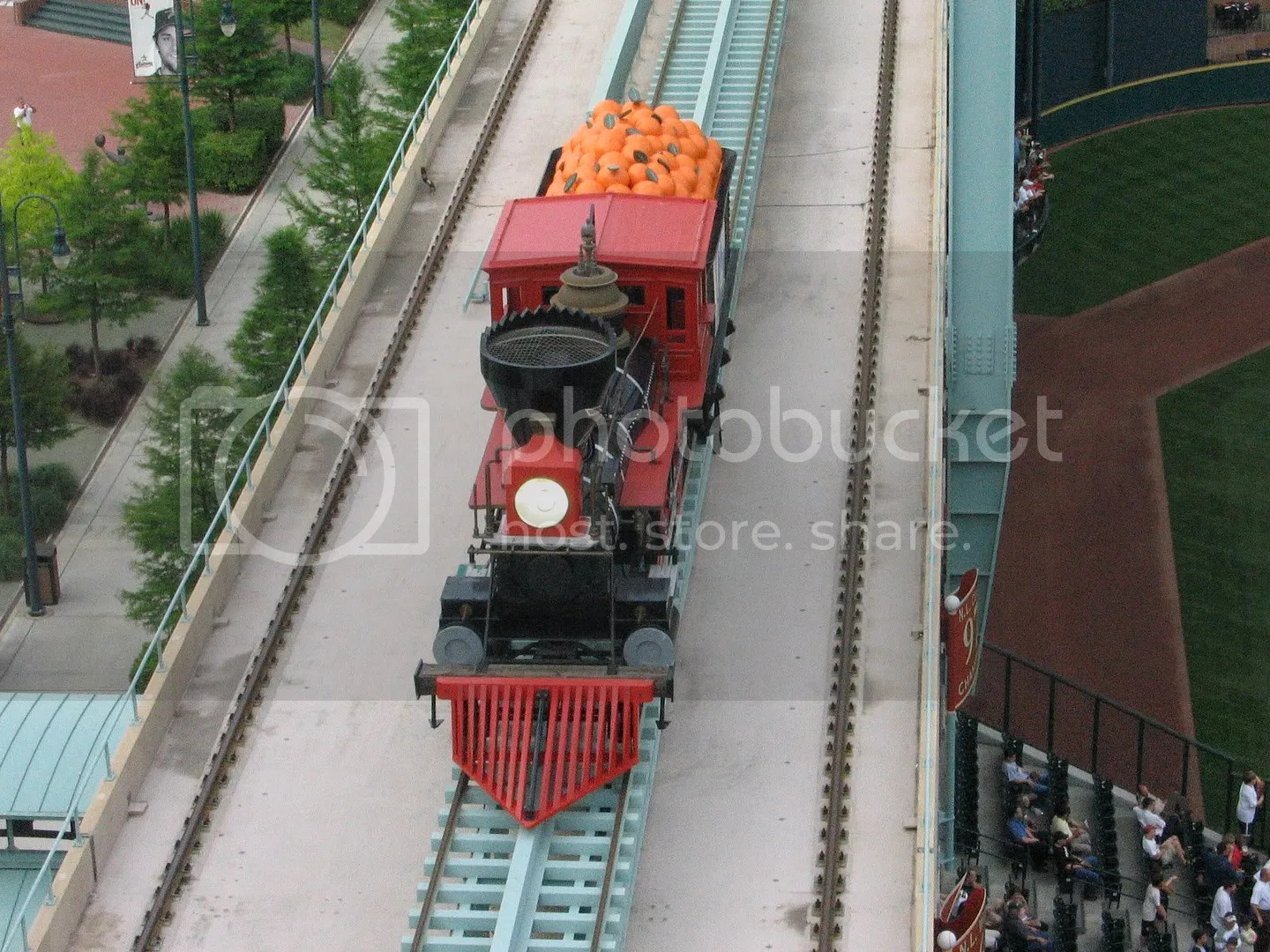 4dab.jpg THE FAMOUS LOCOMOTIVE picture by dreispics
