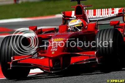 Luca Badoer testing back in 2008
