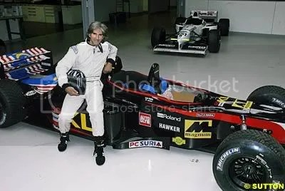 Damon Hill with the Minardi 2 Seater at a former demonstration in the UK