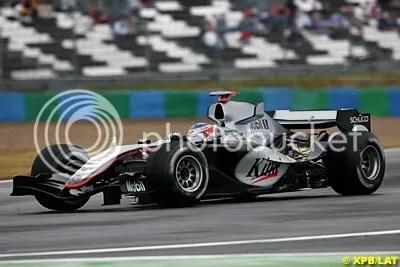 The 2005 McLaren had few sponsors