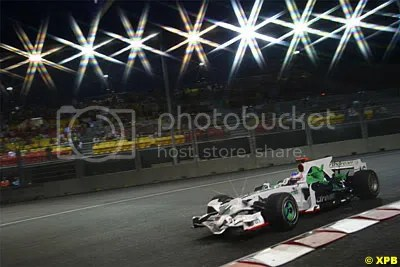 The RA108 under the lights in Singapore, the team finished 9th in the constructors, its worst position since the bad times of BAR