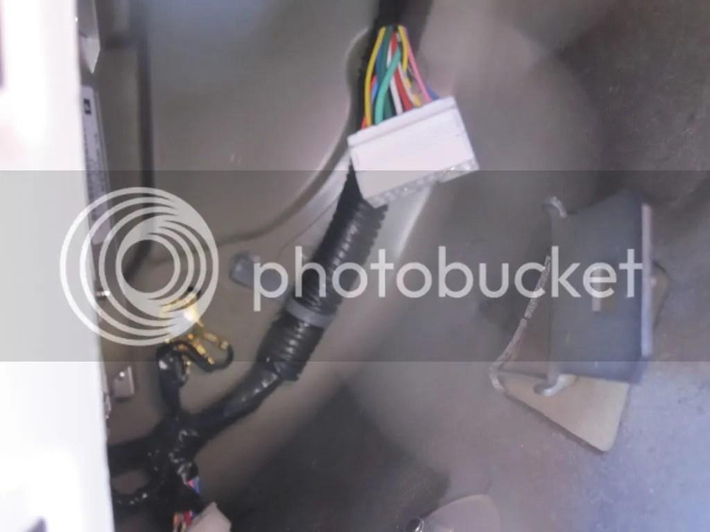 hight resolution of 2012 honda pilot aux fuse box location