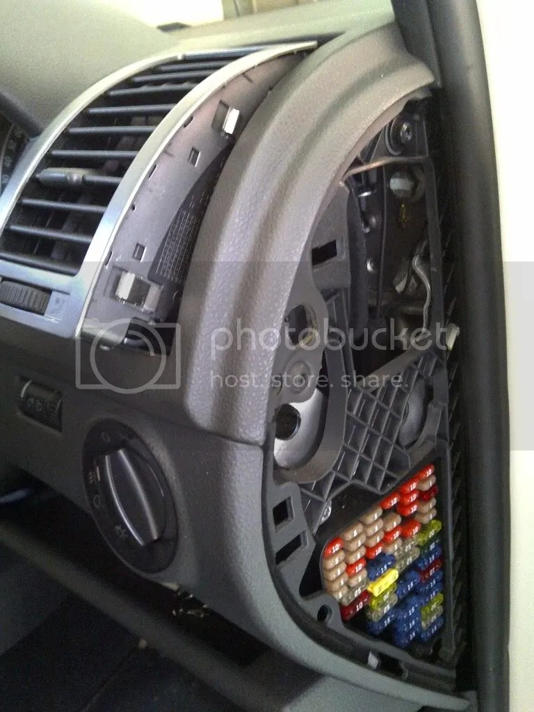 hight resolution of how to get access to the fuse box uk polos net the vw polo forum
