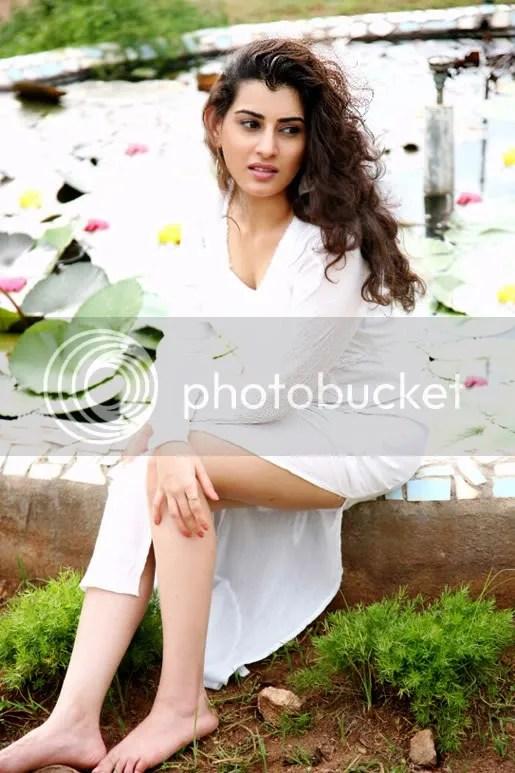 Archana,hot and sexy archana,Vegam Movie Photo Gallery,Vegam movie actress archana photo gallery,Tamil movie Vegam