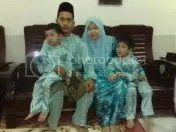 Zaireen's family