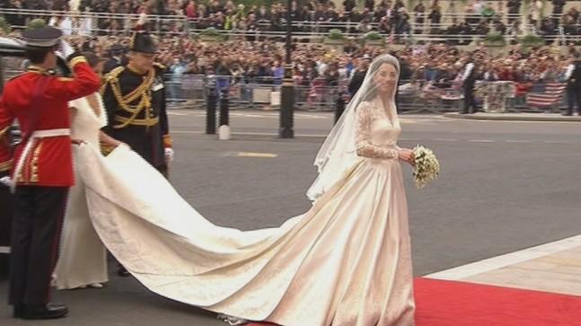 Kates brudekjole