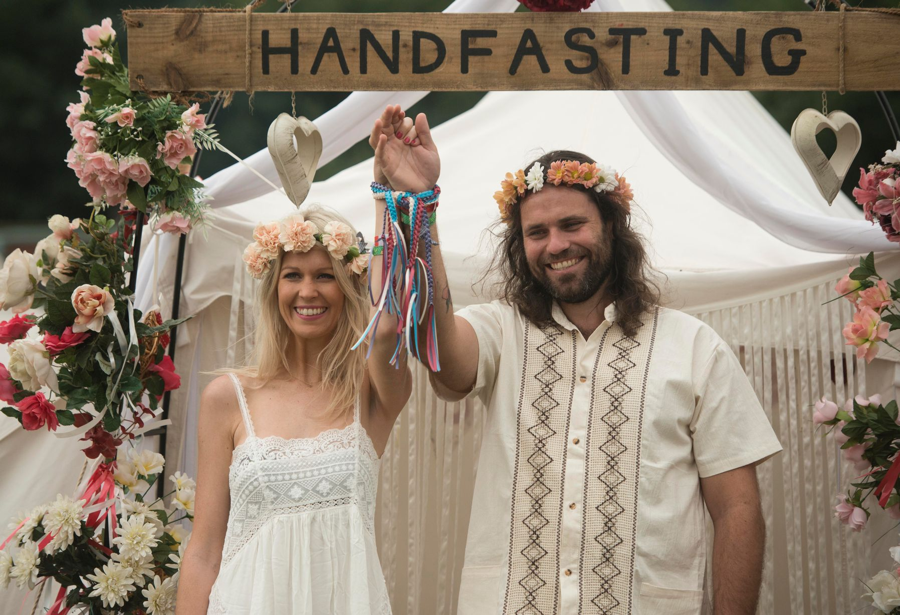 Australian Couple Have 'handfasting' Wedding At