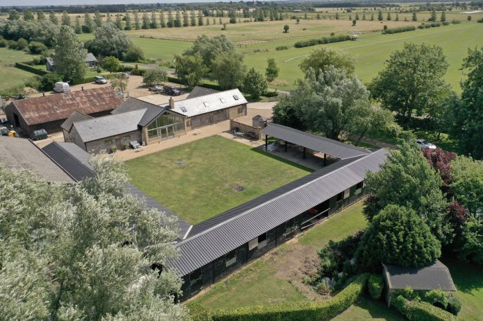 Gorgeous Cambridge County Polo Membership on sale for over £ 4 million