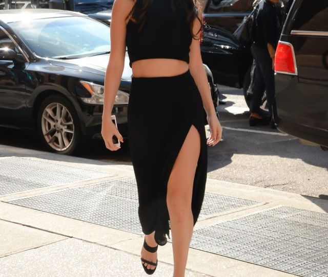 Selena Gomez Goes Braless And Shows Off Endless Legs In Sexy Black Outfit
