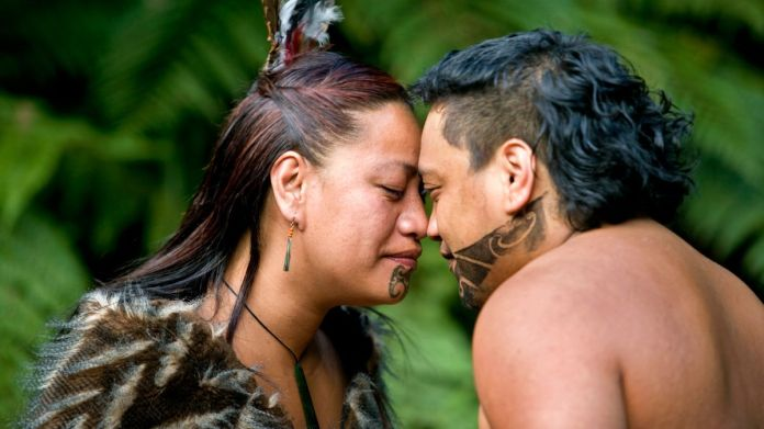 Coronavirus outbreak forces Māori tribe to stop traditional nose-to-nose  greeting - Daily Star