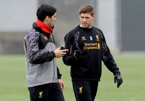 Steven Gerrard assured Luis Suarez to stay in Liverpool for another year