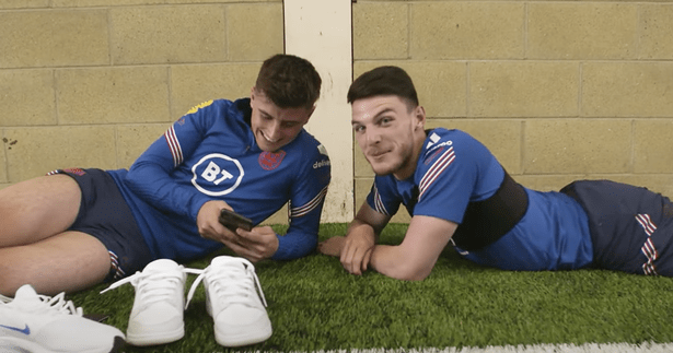 Mason Mount (left) shares a joke with his best friend and England teammate Declan Rice about Three Lions duty.  (Image: England on YouTube).
