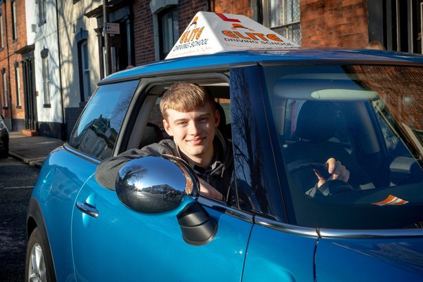 Elite Driving School team up with Ron Dearing UTC to offer free driving lessons to students