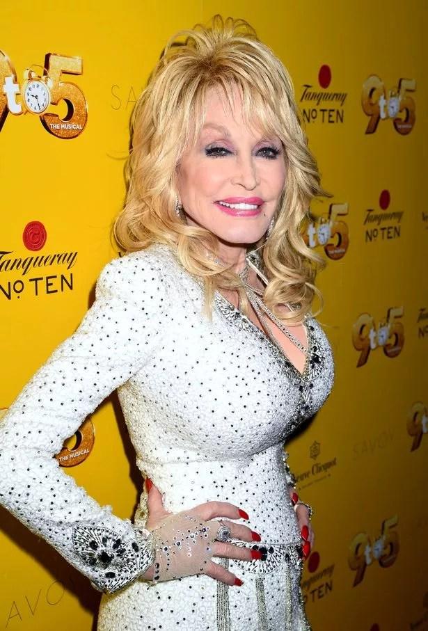 Has Dolly Parton Had A Boob Job : dolly, parton, Dolly, Parton's, Beauty, Before, Surgery