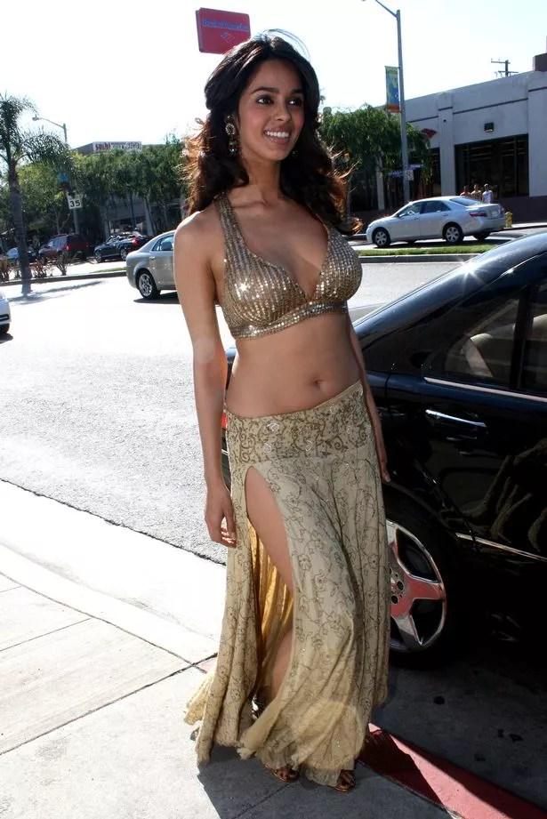 Bollywood star Mallika Sherawat gassed and beaten in