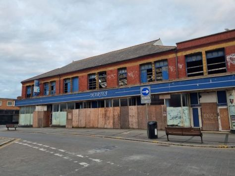 Buildings left to rot on Blackpool's 'street of shutters as council forced to step in - LancsLive