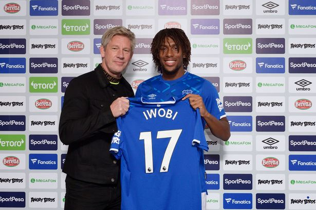 New Everton signing Alex Iwobi poses with Marcel Brands