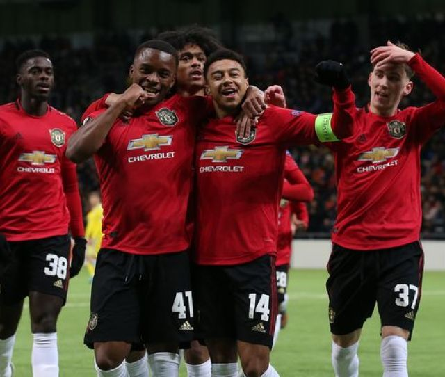 How Manchester United Should Line Up Vs Colchester Samuel