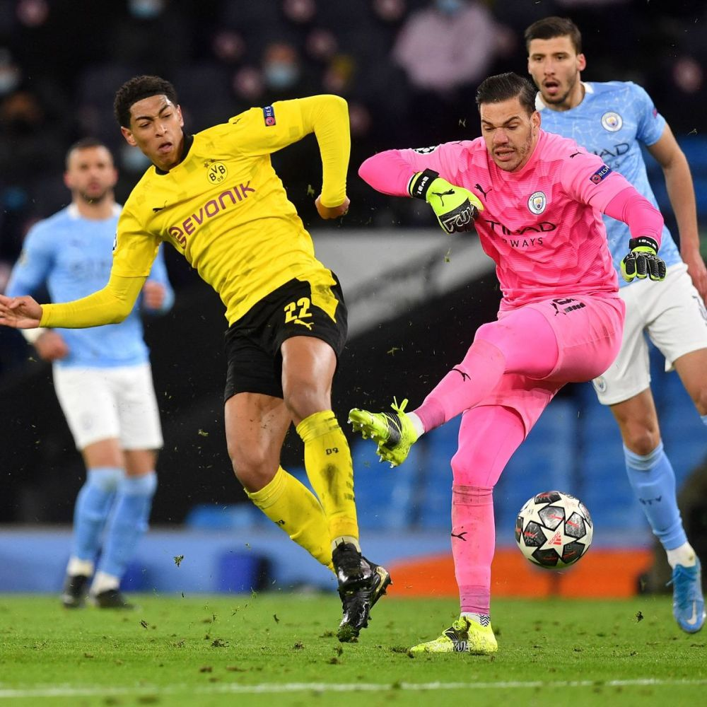 Jadon Sancho hits out at referee after controversial decisions in Man City  vs Borussia Dortmund - Manchester Evening News