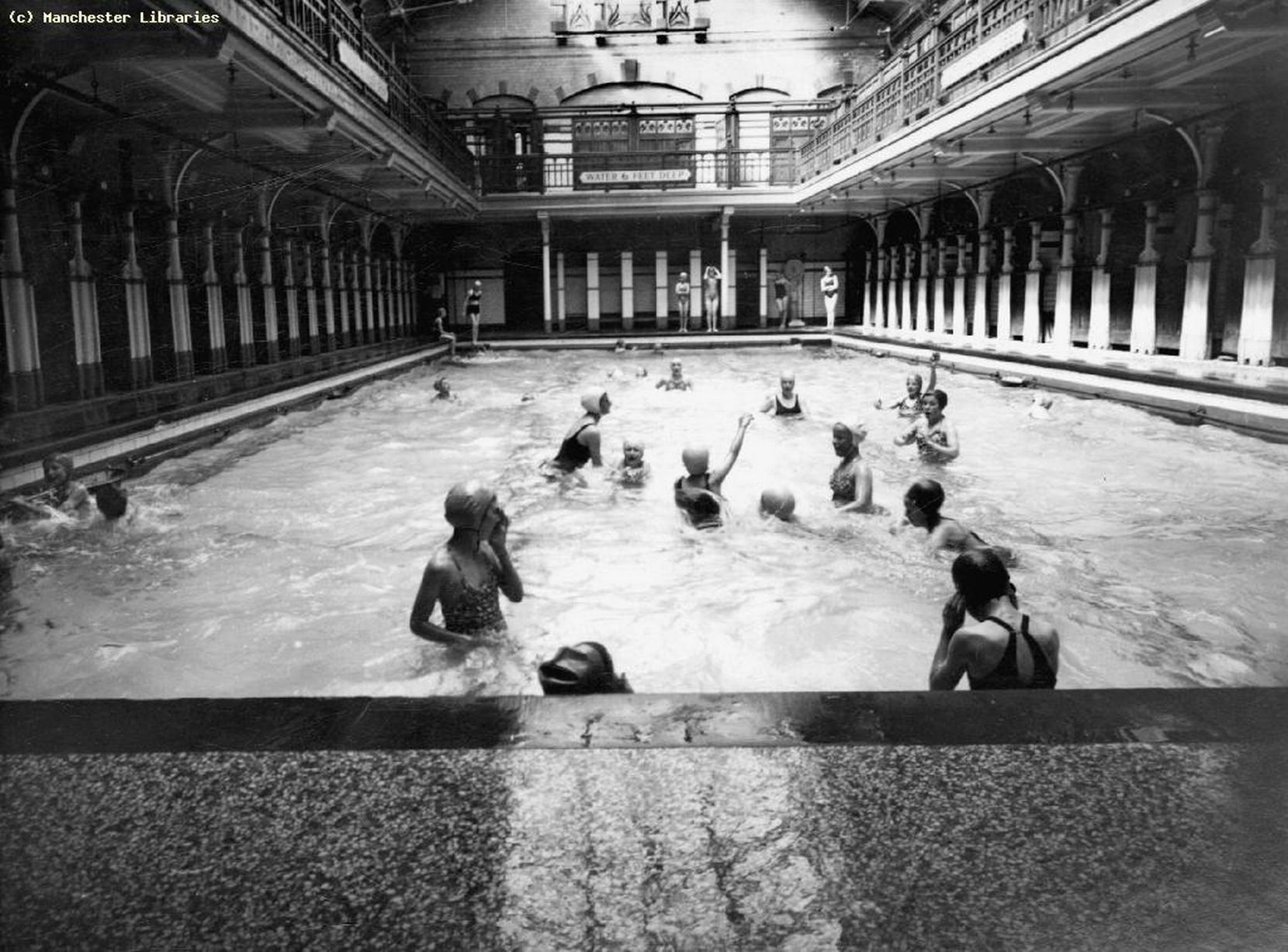 Heres a look at Manchesters famous bathing spots  Manchester Evening News