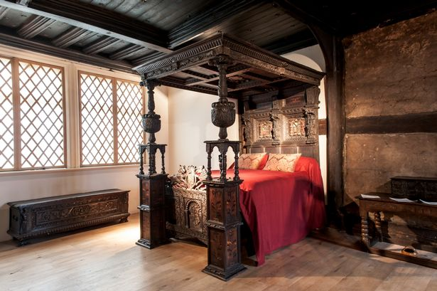 Elizabethan Bed Comes Back To Ordsall Hall After 300 Years