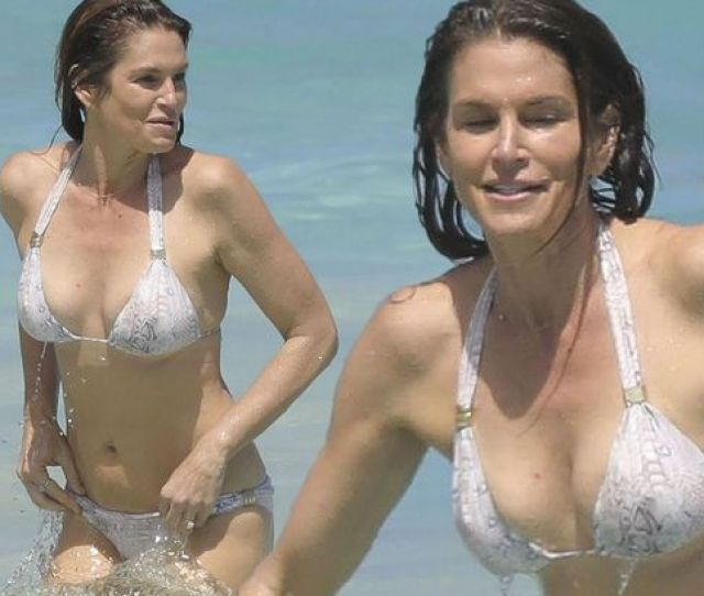 Cindy Crawford Showed Off Her Incredible Bikini Body On Holiday In St Barts