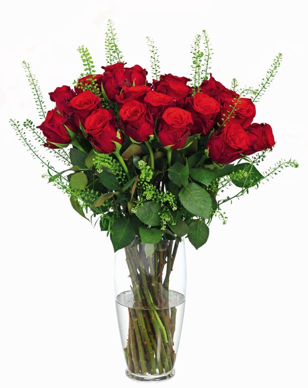 Tesco launch dozen roses bouquet for Valentines Day and