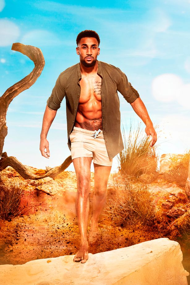 Who Is Ryan Cleary Survival Of The Fittest Star And Jeweller Who Is More Worried About Spiders Than Love Mirror Online