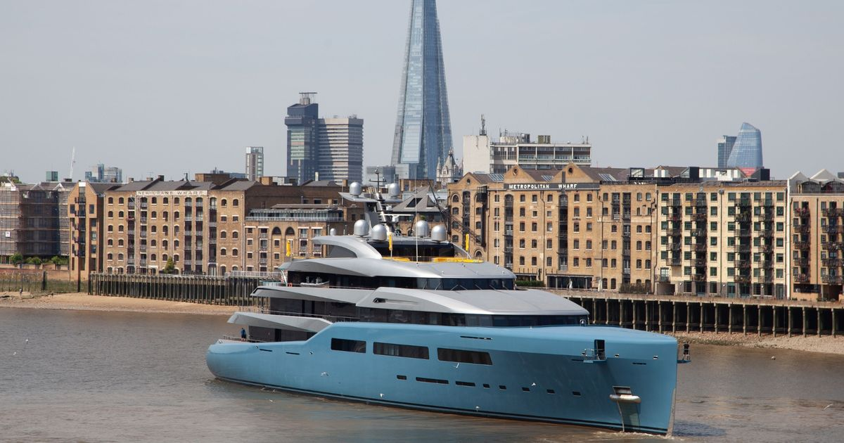 Billionaire Spurs Owner Brings Bond Villain Superyacht