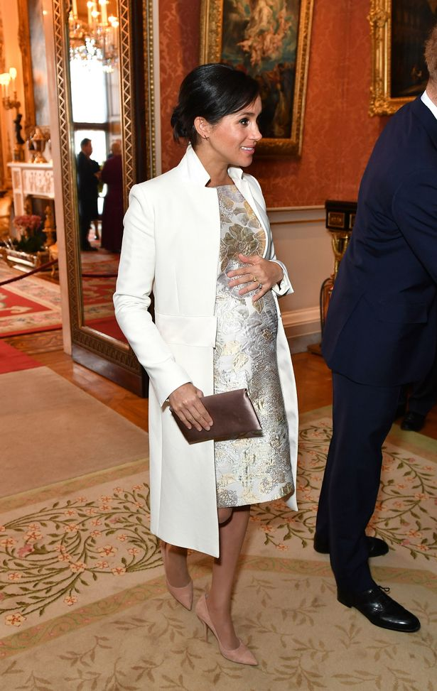The Duchess Of Sussexs Maternity Fashion October 2018