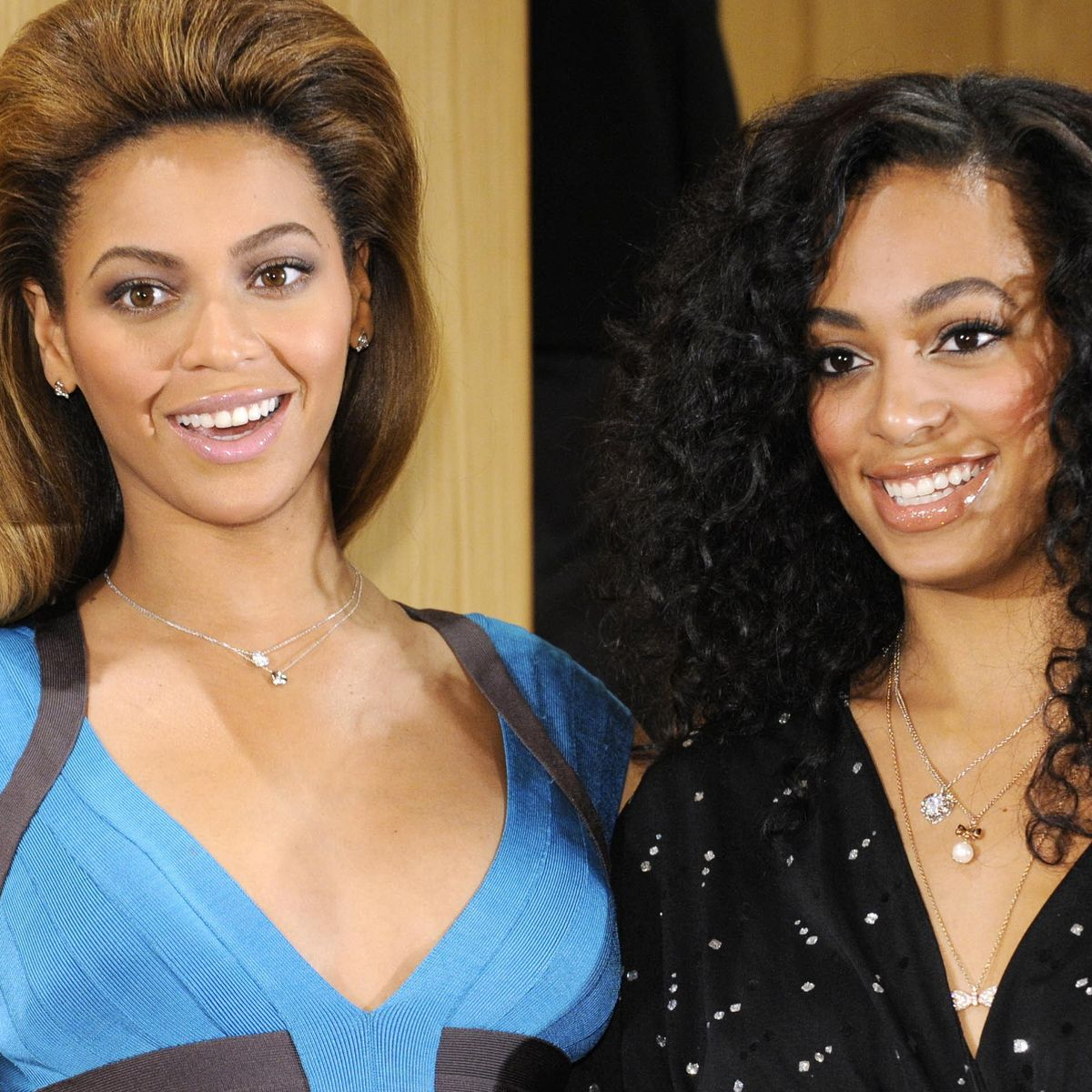 beyonce gave birth to solange as a teen
