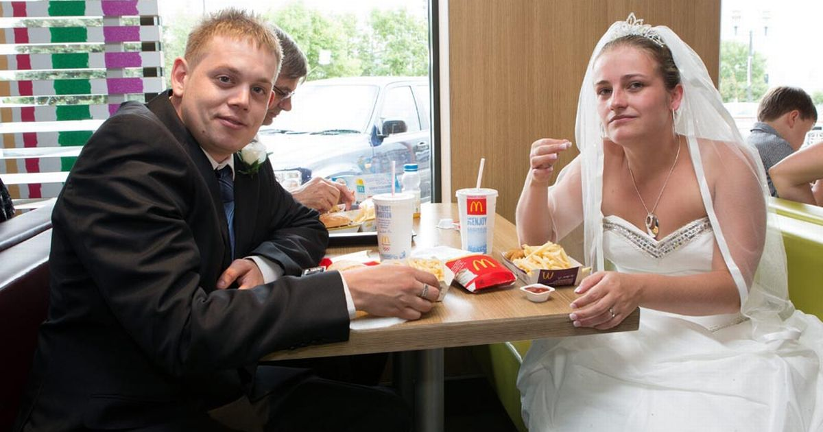 McDonalds Bristol couple hold 150 wedding reception for 33 guests at favourite restaurant