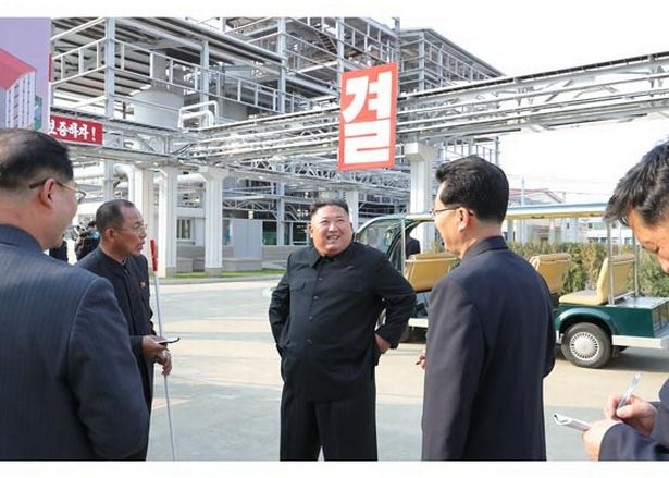 Kim Jong Un 'pictures released for the first time' since death rumors - state media (Photos)