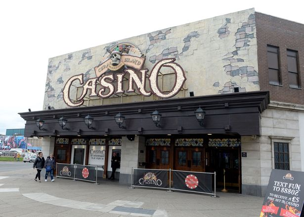 Casinos in the resort will also have to close their doors