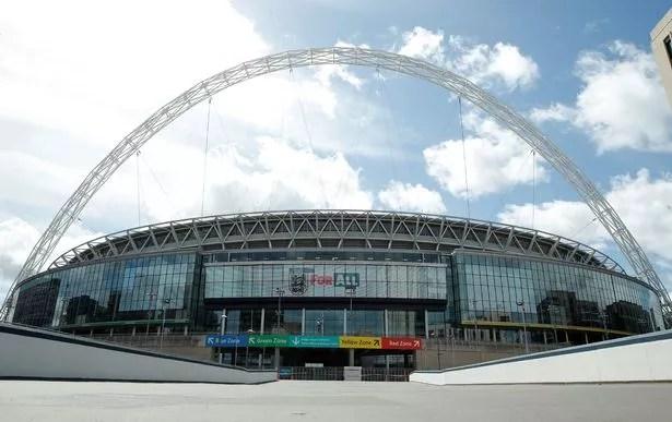 Le Premier ministre a proposé d'accueillir d'autres matches de l'Euro au Royaume-Uni