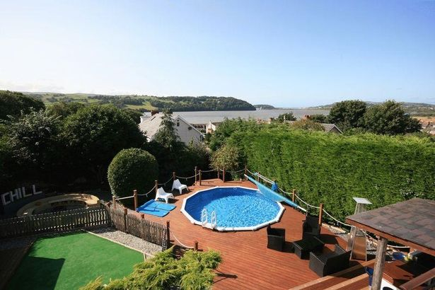 House with outside pool, bar and jacuzzi for sale on Top Llan Road, Glan Conwy
