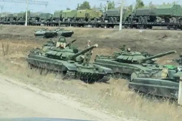 Rosyjskie czołgi zostały zauważone w Masłowce w obwodzie Woroneż w Rosji